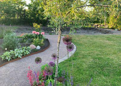 Grusgång trädgård